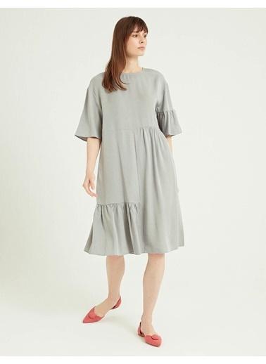 BGN Gri - Buzgulu Parçalı Tensel Elbise Gri